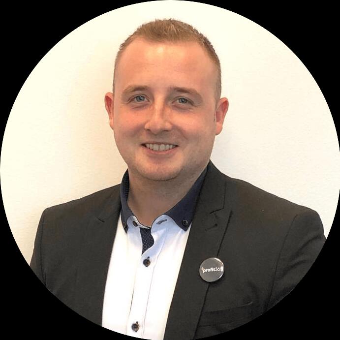 Tomáš Head of Marketing & Academy